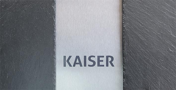 Design-Briefkasten-Edelstahl-Schiefer-Name